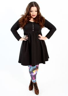 Domino Dollhouse - Plus Size Clothing: Snap Babydoll Dress in Black