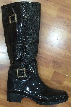 Boots at Deeor Biker, Flip Flops, Sandals, Lady, Boots, Fashion, Crotch Boots, Moda, Shoes Sandals