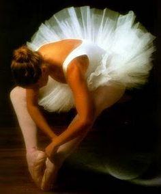 E ela dançou... e enfrentou o mundo se rodopiando ao som dos bandolins....