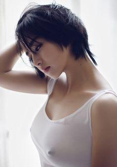 hot-asian-woman:  Follow me on Tumblr at: hot-asian-woman.tumblr.com and Twitter at: @asian_girls_hot
