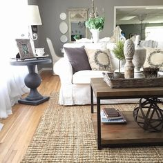 Tour the cozy cottage of 12th and White Blog and get tons of great ideas for decorating on a budget and mixing new and vintage finds.