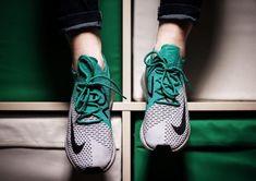 innovative design d1c81 40b19 Nike Air Max 270 On-Feet 2018 Kleidung, Nike Air Max, Nike Schuhe