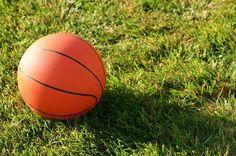 How to Make an Outdoor Basketball Court Indiana Basketball, Outdoor Basketball Court, Basketball Goals, Basketball Information, Gyms Near Me, Baseball Players, Summer Fun, Backyard, Walking
