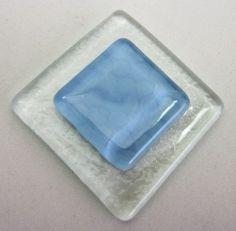 placa de vidro  para composição de mosaicos , bijuterias ou outras aplicações decorativas e artesanais 4 x 4 cm incolor e azul claro Pacote 1 peça TEMOS EM TODAS AS CORES R$4,20