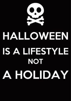 Halloween is love, Halloween is life