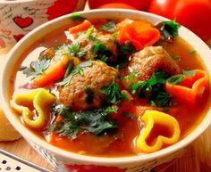 Włoska zupa z klopsikami