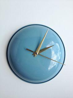 DIY Up-Cycled Clock