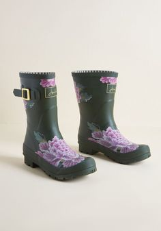 ad5383c7ce6 Just Splashing Through Rain Boot in Green Floral in 10 by Joules from  ModCloth Green Rain