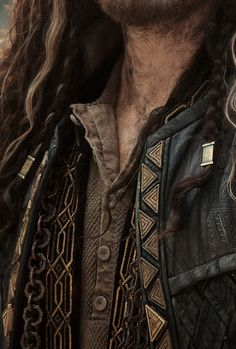 stormbornvalkyrie:    Middle Earth +    Costume Details |   ©