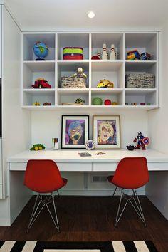 built in desk ~ boys room ~ Fiorella Design: Floating desk in boy's bedroom with white desk, built-in white cubbies, ivory & black ...