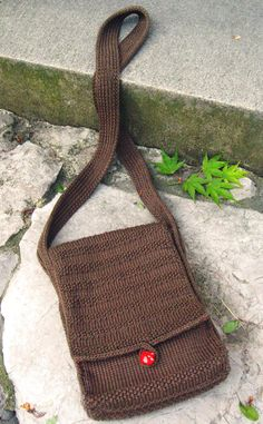 KNITTED PURSE BY KNITTY