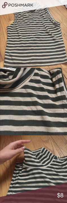 Striped crop top In new condition. Has a bit of a turtle neck. It is soft and very comfortable material. Tops Crop Tops