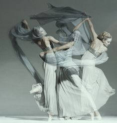 Dancers in motion.  Photo by Jan Masny