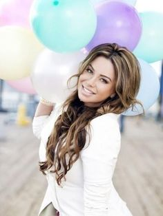 """Chiquis"" Rivera! Love her voluminous hair and color"