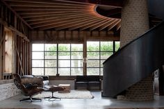 Image 7 of 36. Ancient Party Barn; Kent / Liddicoat & Goldhill LLP. Image © Keith Collie