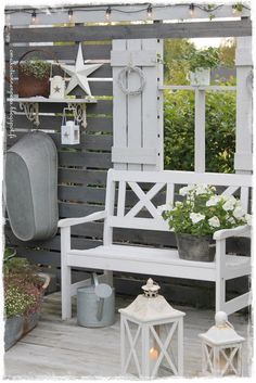 Pergola Kits With Canopy Shabby Chic Terrasse, Shabby Chic Veranda, Shabby Chic Patio, Backyard Sheds, Fire Pit Backyard, Outdoor Spaces, Outdoor Living, Outdoor Decor, Patio Design