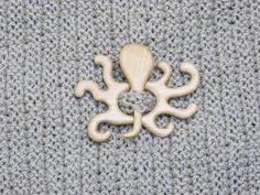 Wooden octopus shawl pin, Shawl stick, Sweater clasp, Pullover pin, Scarf pin, Hair stick, Wooden brooch, Unique gift
