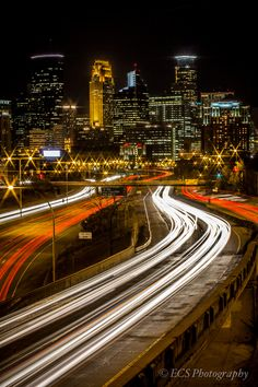 https://flic.kr/p/dmb9rN | Minneapolis Skyline | Taken from the 24th street pedestrian bridge.  Thanks to whoever cut out holes in the fence so I could put my camera through it!