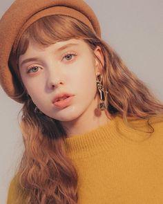 Picture of Sonya Kulakova Aesthetic People, Aesthetic Girl, Poses, Pretty People, Beautiful People, Face Photography, Portrait Inspiration, Ulzzang Girl, Belle Photo