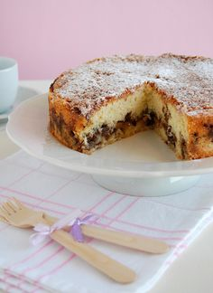 Apple pecan coffee cake with cinnamon sugar topping / Bolo de maçã e pecã com cobertura de açúcar e canela by Patricia Scarpin, via Flickr