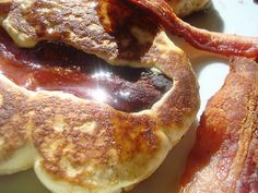 Bacon stuffed pancakes #recipe #brunch #bacon