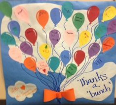 Look at these cute ideas for volunteer thank you posters made by students to thank the volunteers that helped out in their school. Volunteer Gifts, Volunteer Appreciation, Teacher Appreciation Gifts, Teacher Gifts, Parent Gifts, Thank You Poster, Secretary's Day, Parent Volunteers, Teacher Cards