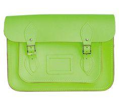 Bolso Cambridge satchel,  inspirado en los maletines colegiales ingleses