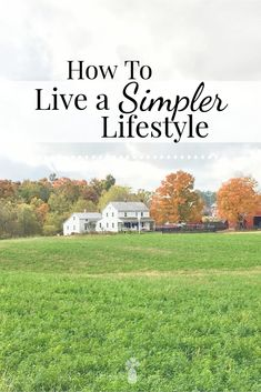 Do you wish that your life would just slow down a little bit? That you could capture the life that you've always dreamed about but instead seem to be caught up in the busyness of day-to-day living? Here are 14 actionable steps towards simpler living that you can start right now. #simple #simpleliving #simplelife #homesteading #simplerliving Minimalist Lifestyle, Minimalist Living, Little House Living, Vie Simple, Frugal Living Tips, Less Is More, Simple Living, Natural Living, Simple Pleasures