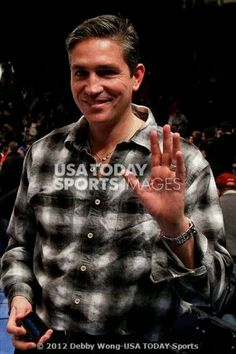 Jim Caviezel attends the game between the New York Nicks & the Denver Nuggets @ Madison Square Gardens Jan 21, 12 source: jjowe58 in tumblr