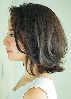 VOCE本誌で紹介したヘアを全て掲載。ショート・ミディアム・ロングなどの長さはもちろん、小顔・目力・美肌などビューティ誌ならではの検索条件を加えたオンラインヘアスタイルカタログ。