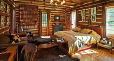 7 Colorful Rustic Lake Cabin Design Ideas Home Decorating If you're looking for a whimsical, stylish and cozy cabin to live in, then this page is the perfect place for you. In this article, I'm going to share. Cabin Design, House Design, Boho Chic Bedding, Budget Bedroom, Bedroom Ideas, Bedroom Decor, Art Deco Home, Lake Cabins, Selling Furniture