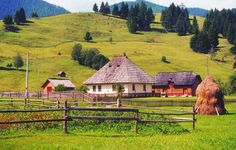 Country Life, Country Roads, Bucharest Romania, Eastern Europe, Traditional House, Nature Photos, Landscape Paintings, Landscapes, Scenery