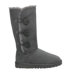 Cheap Uggs Boots outlet Online uggshop - Off UGG Bailey Button Triplet 1873 Boots Gray [Ugg boots - Look Fashion, Fashion Shoes, Fashion Beauty, Womens Fashion, Fashion Tips, Fashion Trends, Fashion 2015, Fashion Weeks, Fashion Models