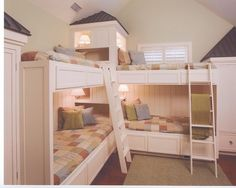 Kids Corner Bunk Beds Design, Pictures, Remodel, Decor and Ideas - page 30 Corner Bunk Beds, Bunk Beds Small Room, Bunk Beds Boys, Bed In Corner, Bunk Beds Built In, Bunk Bed Plans, Bunk Rooms, Cool Bunk Beds, Bunk Beds With Stairs