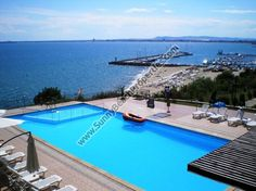 Sea and pool view 1-bedroom apartments for rent 50 meters from the beach in Saint Vlas resort, Bulgaria - Sunnybeach Properties - Real Estates in Bulgaria. Apartments, Villas, Houses, Land in Sunny Beach, Nesebar, Ravda ...