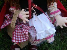 @ Boneca Chapeuzinho Vermelho (parte integrante do Tema Chapeuzinho Vermelho). Projeto original da HandFactory by Vera Lemos.6
