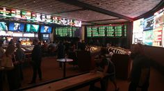 Roberts Football Notes: Las Vegas sports books have differing values on Os...