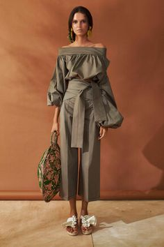 You searched for Modetrend - LastStepPin Fashion 2018, Fashion Week, Look Fashion, Fashion Details, Diy Fashion, Runway Fashion, Ideias Fashion, Fashion Show, Fashion Dresses