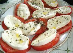 Przekąska z pomidora i mozzarelli