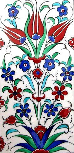 Ceramic Tiles and Panels Çini Karo ve Panolar Turkish Art, Turkish Tiles, Islamic Tiles, Islamic Art, Stencil Patterns, Pattern Art, Pottery Patterns, Talavera Pottery, Islamic Patterns
