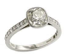 Cushion cut Diamond Ring, 1.64cts