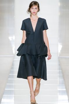 Marni Spring 2013 Ready-to-Wear Fashion Show - Marine Deleeuw