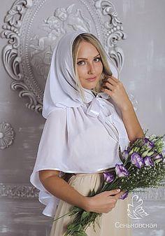 Красивый платок для посещения храма