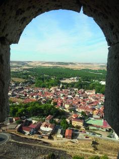 CG06: Uitzicht op het stadje Peñafiel, foto genomen vanaf het gelijknamige kasteel.