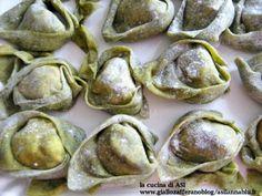 Crepes, Ricotta, Italian Bread Recipes, Pasta Alla Carbonara, Italy Food, Pasta Maker, Homemade Pasta, Relleno, Pasta Dishes
