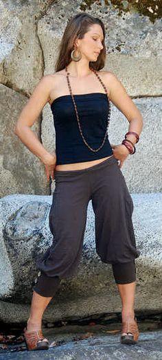 Pedal Pusher Pants- Bloomers -Womens Pants- Womens clothing- Cargo pants- harem pants- Yoga Pants- Yoga clothes- Edgy Clothing- Apparel. $60.00, via Etsy.