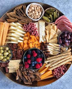 Recipes Snacks Savoury Entertaining this weekend? Take Hip Foodie Mom's advice and play around with your cheeseboard arrangements! That vertical stacking of the cheese is mesmerizing! What's your favorite snack board item? Party Food Platters, Snack Platter, Cheese Platters, Meat Platter, Charcuterie Plate, Charcuterie And Cheese Board, Cheese Boards, Cheese Board Display, Charcuterie Display