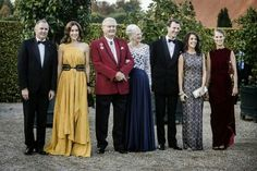 The Danish royal family (except Crown Prince Frederik, who is in London) hosted a gala dinner at Fredensborg Palace to celebrate the 150th anniversary of the Danish Red Cross   #Danishroyalfamily #QueenMargrethe #princeHendrik #CrownPrincessMary #kronprinsessanMary  #PrinceJoachim #PrincessMarie #royallady #gorgeous #FredenborgsPalace #Copenhagen   #yellow #dress