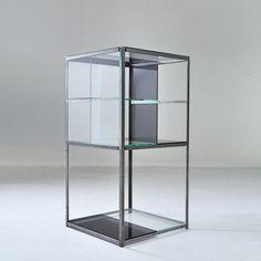 Study O Portable . glass cabinet, 2012