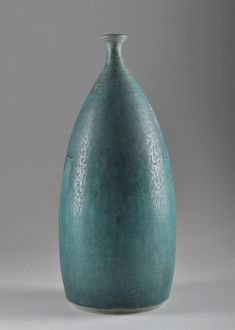 Kyllikki Salmenhaara, Arabia. Unique glazed stoneware vase, hare fur glaze. Signed Arabia K.S. H. 30 cm